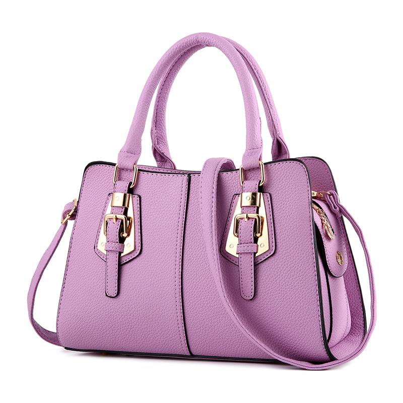 พร้อมส่ง ขายส่งกระเป๋าผู้หญิงถือลาย แต่งเข็มขัด กระเป๋าผู้ใหญ่ถือออกงาน ถือทำงาน รหัส Yi-2093 สีม่วง