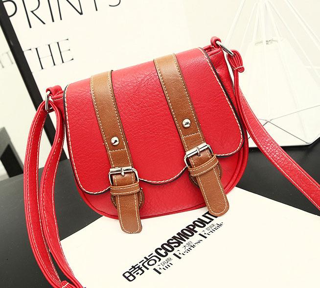 พร้อมส่ง กระเป๋าสะพายข้าง สายรัดคู่เก๋ๆ แฟชั่นเกาหลีน่ารัก Fashion bag รหัส G-379 สีแดง