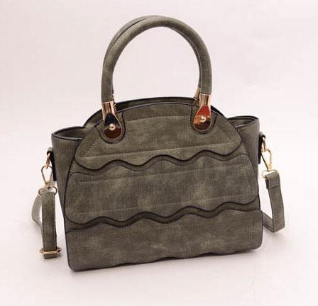 ขายส่งกระเป๋าผู้หญิงถือและสะพายข้าง ร่องคลื่นน้ำ แฟชั่นเกาหลี Fashion bag รหัส DU-928 สีเขียวขี้ม้า