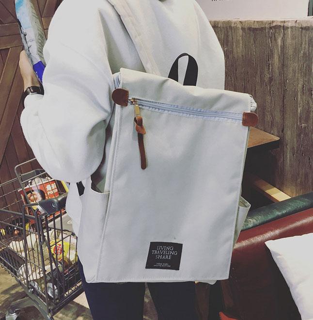 พร้อมส่ง กระเป๋าเป้ผ้า สะพายหลังใบใหญ่ สไตล์Anello-flap ติดโลโก้ LIVING TRAVELING SHARE แฟชั่นเกาหลี Fashion bag รหัส NA-436 สีเทา 1 ใบ