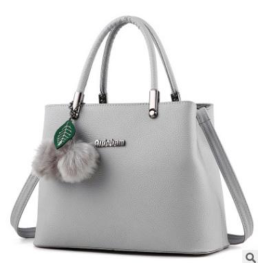 ขายส่ง กระเป๋าถือและสะพายข้างผู้หญิง กระเป๋าทำงาน แฟชั่นเกาหลี รหัส KO-949 สีเทา *แถมพู่เชอรี่