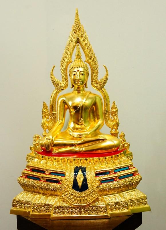 พระพุทธชินราช ปิดทองแท้ หน้าตัก 7นิ้ว ฐานสูง