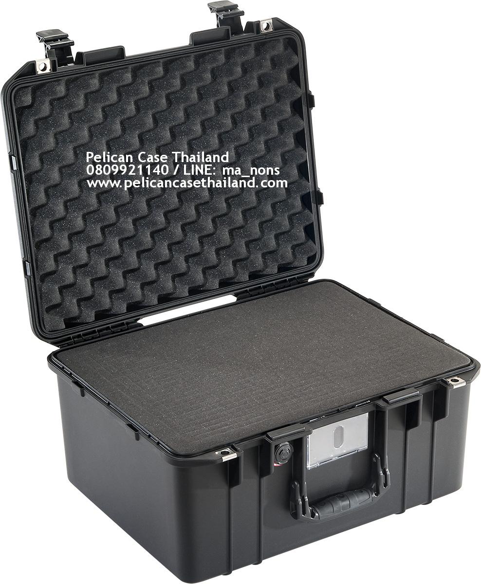 PELICAN™ 1557 AIR with Foam