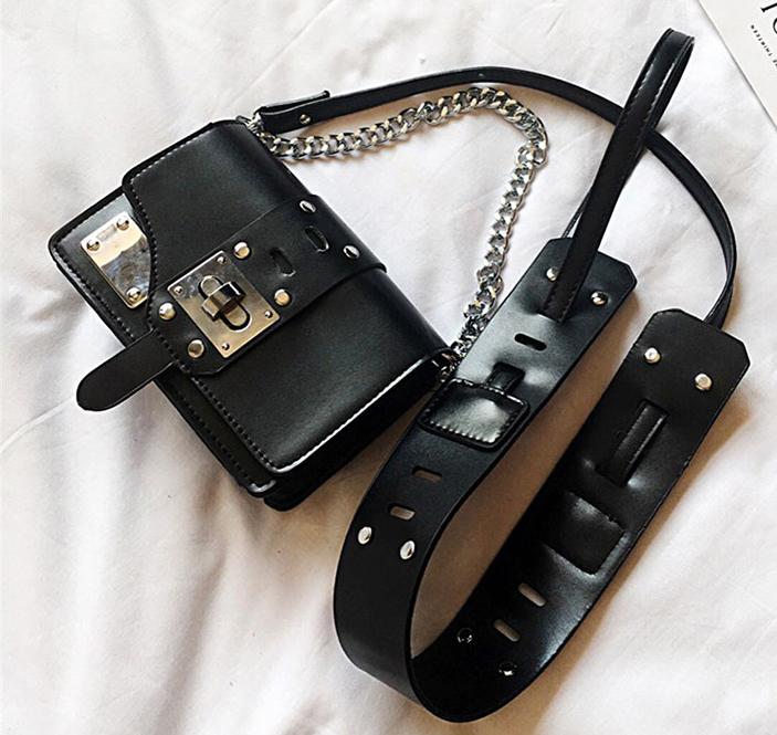 ขายส่งกระเป๋าสะพายข้างใบเล็ก ทรงเหลี่ยม ซีรี่เกาหลี ยี่ห้อ TIANCAI รหัส H-613 สีดำ 2 ใบ