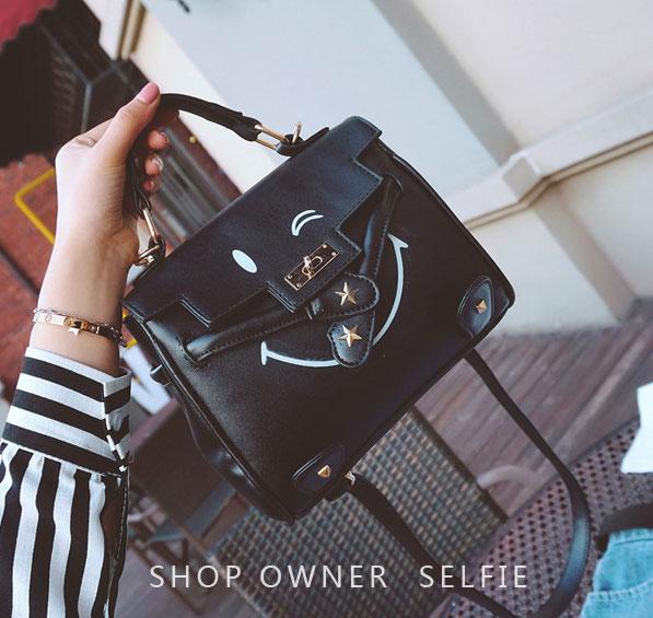 ขายส่งกระเป๋าถือและสะพายข้างผู้หญิง หน้ายิ้ม แฟชั่นเกาหลี Fashion bag รหัส DU-012 สีดำ