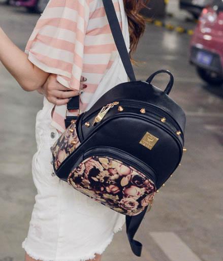 พร้อมส่ง กระเป๋าเป้สะพายหลังผู้หญิงแฟชั่นเกาหลี รหัส NA-965-1 ลายดอกกุหลาบสีดำ