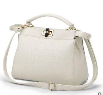 พร้อมส่ง กระเป๋าผู้หญิงถือและสะพายข้าง แต่งลูกบิดล็อคแฟชั่นเกาหลี Sunny-680 สีขาว