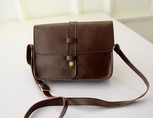 พร้อมส่งกระเป๋าผู้หญิงสะพายข้างใบเล็ก แต่งเข็มขัดแบบวินเทจ แฟชั่นเกาหลี Fashion bag รหัส G-802 สีน้ำตาลเข้ม