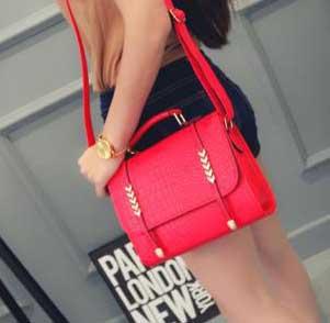 ขายส่ง กระเป๋าถือและสะพายข้าง ผู้หญิง แฟชั่นเกาหลี Fashion รหัส NA-092 สีแดง