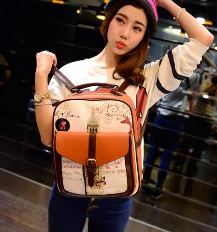 พร้อมส่ง กระเป๋าเป้หนัง สะพายหลังเป้นักเรียน ลายหอนาฬิกาแต่งเข็มขัดแฟชั่นเกาหลี Fashion bag รหัส GG-532 สีน้ำตาล