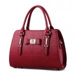 พร้อมส่ง กระเป๋าผู้หญิงถือและสะพายข้างแฟชั่นสไตล์ยุโรป เรียบหรู รหัส Yi-8885 สีไวน์แดง