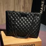 กระเป๋าแฟชั่นนำเข้า CHIC BAG รุ่น chain shoulder bag สีดำ