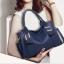 พร้อมส่ง กระเป๋าถือและสะพายข้าง ผู้หญิงแฟชั่นยุโรป Fashion รหัส NA-355 น้้ำเงิน thumbnail 1