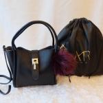 กระเป๋าแฟชั่น หนังแท้ แบรนด์ Amory รุ่น Picotin มี 4 สี ดำ แดง ชมพู ฟ้า