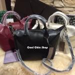 กระเป๋าแฟชั่น CHARLES & KEITH SMALL CASUAL SHOPPER มี 3 สี ดำ, เเดง, บรอนด์ทอง