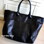 กระเป๋าแฟชั่น Givenchy black soft leather shoulder handbags