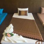 ผ้าคาดลายไทย